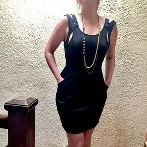 Kensie little black dress, w/pockets and back zip